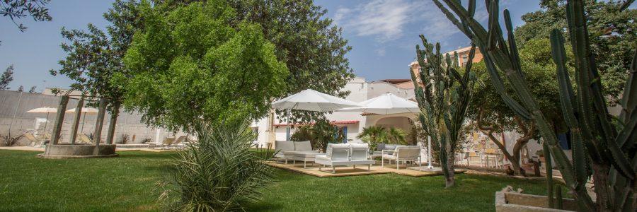 Vacanze in Salento a Li Pappi Antico Casale con piscina